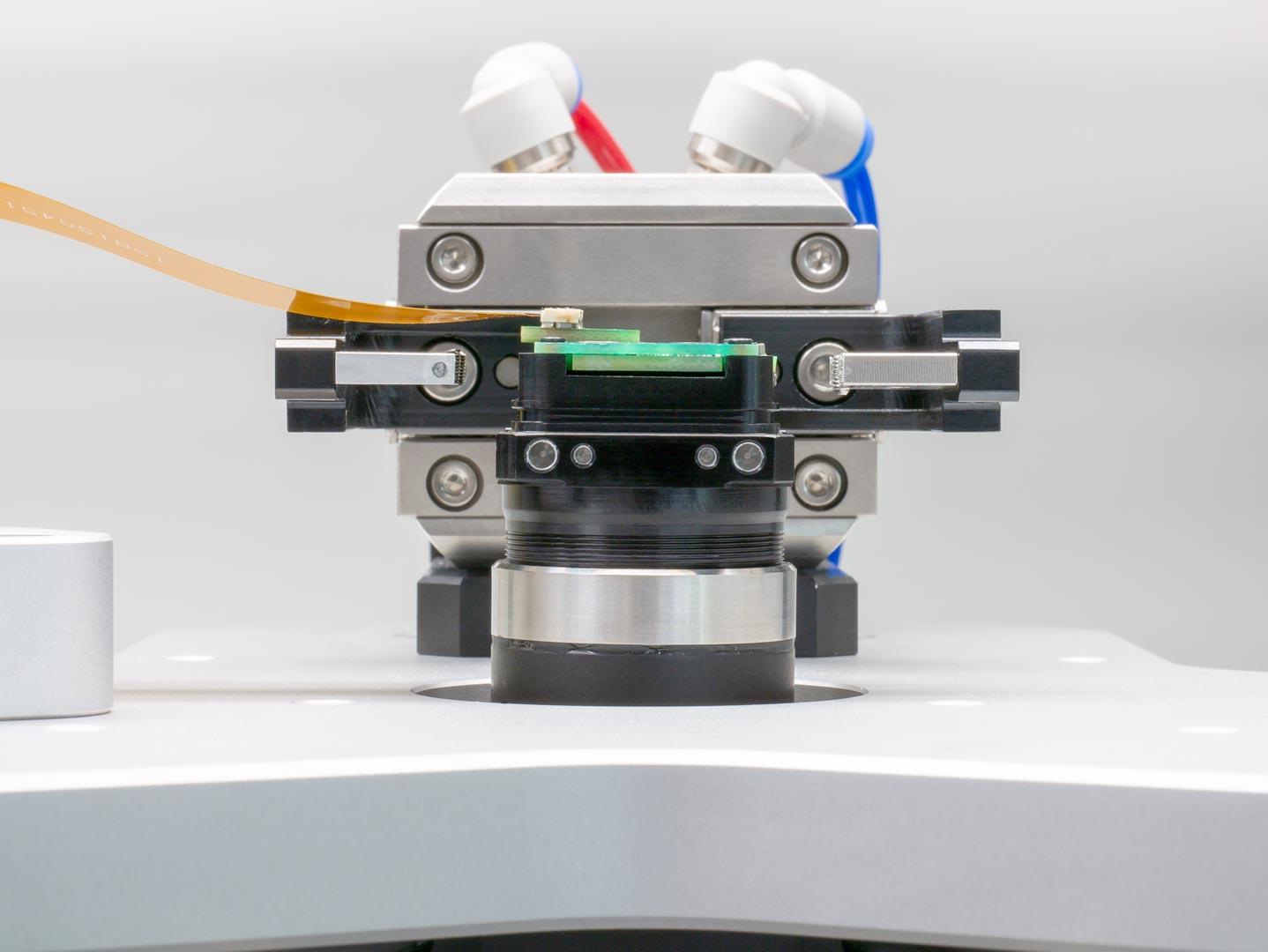 Active Sensor Alignment Machine